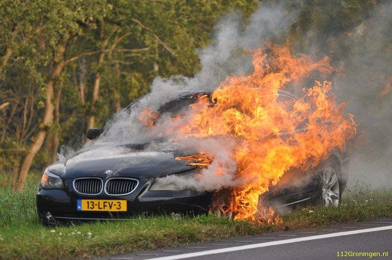 BMW in lichterlaaie op de N34 (Video)