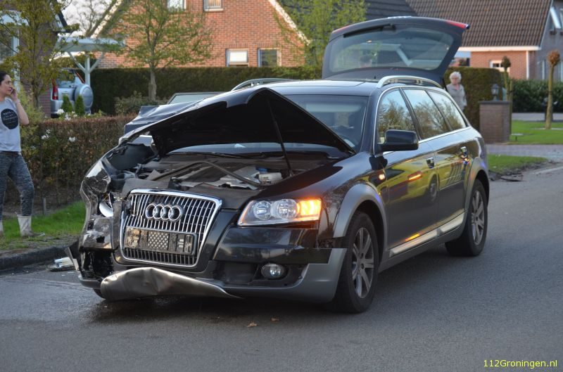 112groningen Ongeval Letsel Taxi Auto