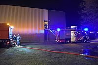 Brand in sporthal Paterswolde snel onder controle (Video)