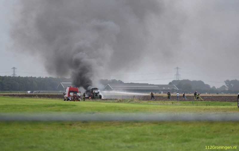 Tractor door brand verwoest in Beerta (video)
