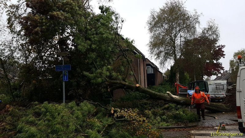 Storm raast over Groningen (Video)