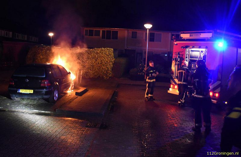 Auto door brand verwoest in de Orchideestraat