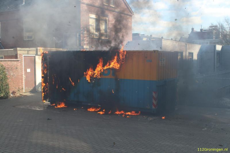 Wederom container Virol in brand