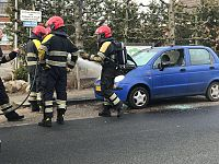 Autobrand in Kornhorn snel onder controle
