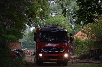 Brand verwoest schuur in Onstwedde (Video)