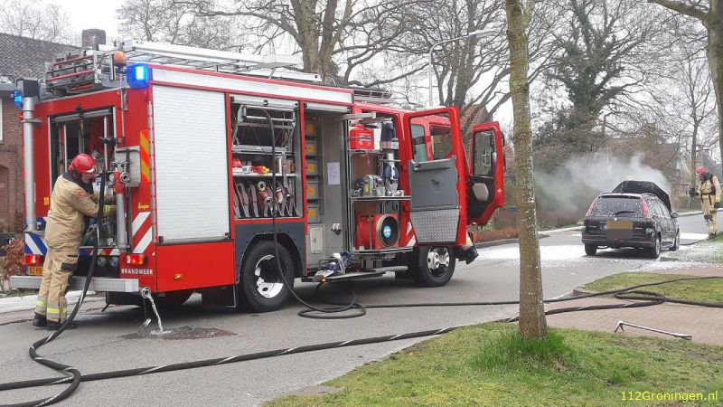 Auto door brand verwoest in Haren