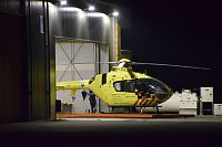 Traumahelikopter wordt hersteld na `fire warning`(Video)