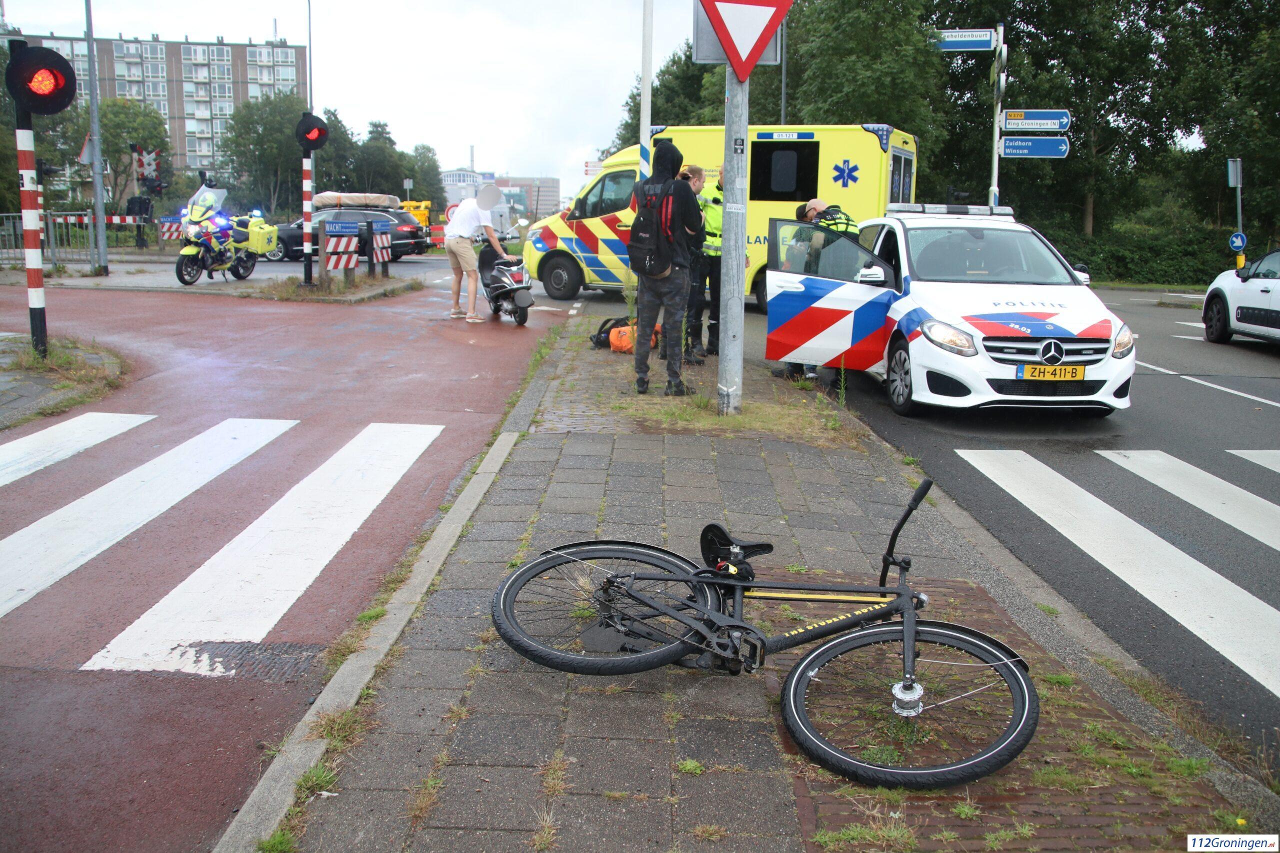 Persoon raakt gewond bij botsing op Peizerweg.