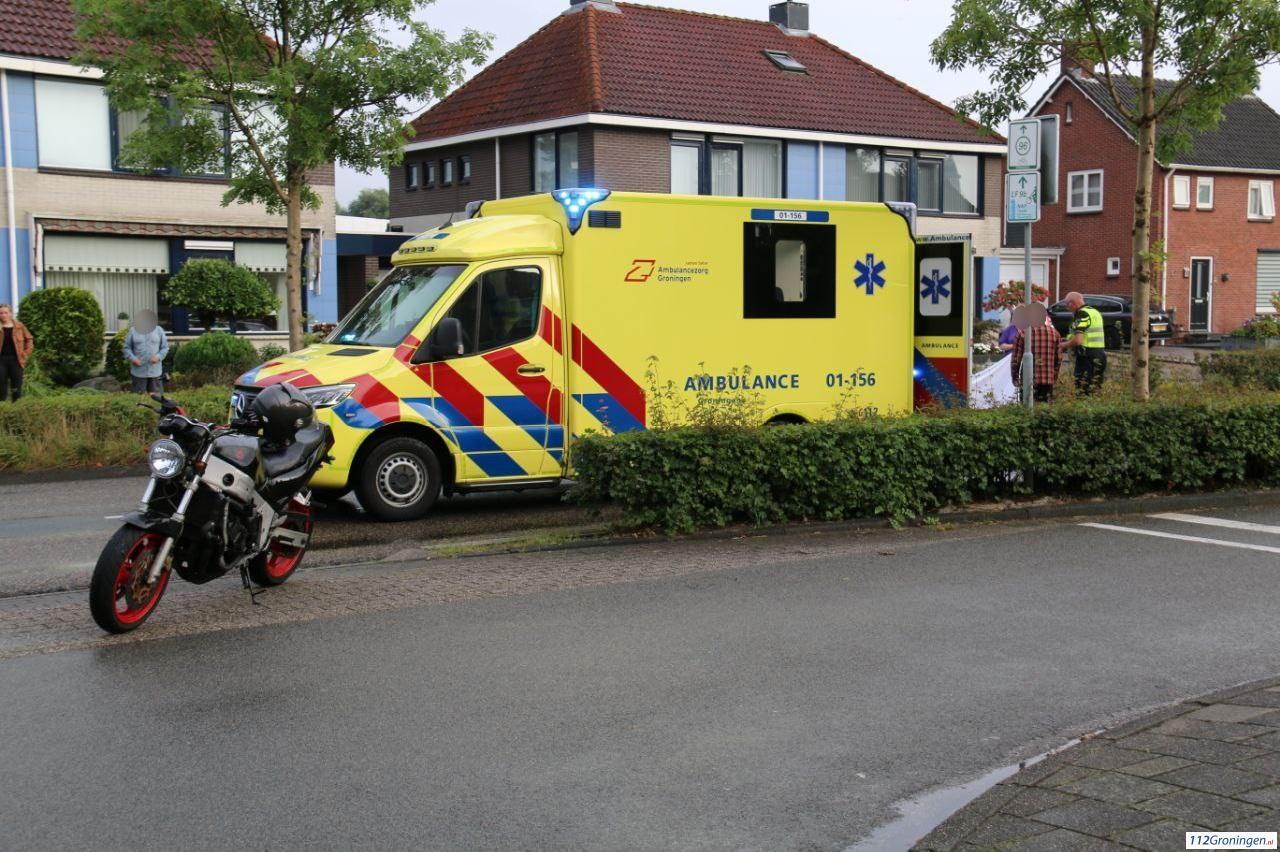 Motorrijder gewond bij botsing met personenauto in Winschoten.